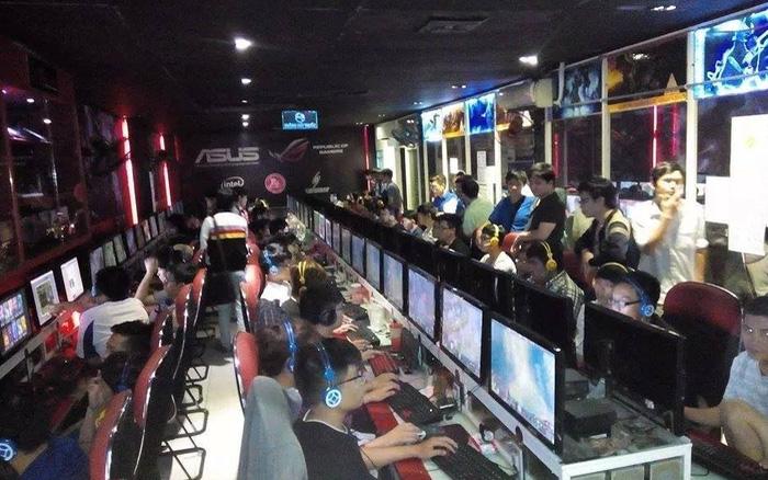 Quán net Titan eSports Center