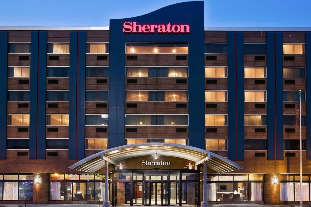 Sheraton Niagara Falls, Niagara Falls – Cập nhật Giá năm 2020