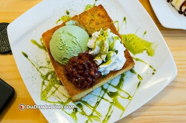 Top-5-quan-banh-toast-khong-the-bo-qua-tai-tphcm-10
