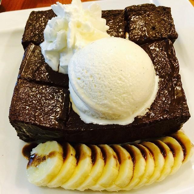 Top-5-quan-banh-toast-khong-the-bo-qua-tai-tphcm-11