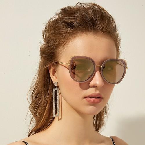 Bạn nên cân nhắc chọn lựa mắt kính phù hợp với gương mặt